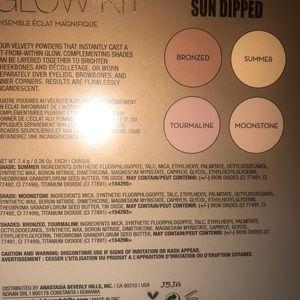 Anastasia Beverly Hills Makeup - Anastasia Beverly hill Sundipped Glow Kit